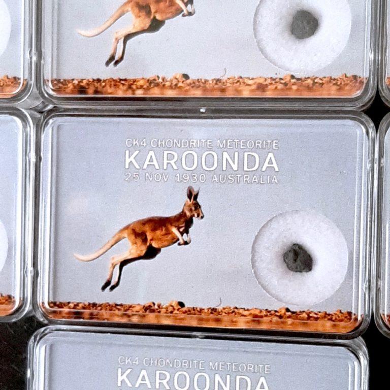 Karoonda meteorite. Carbonaceous chondrite CK4. Collection box.