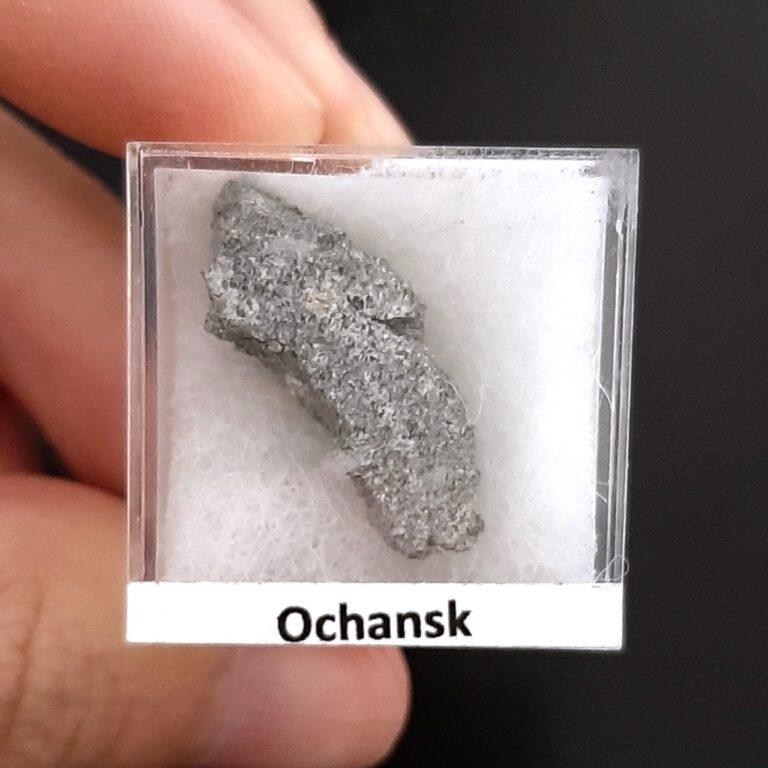 Ochansk meteorite. H5 chondrite. Historic fall.